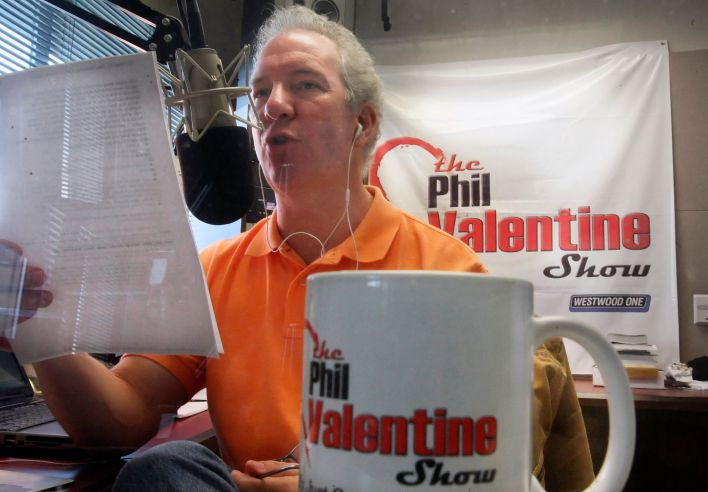 Conservative talk show host Phil Valentine, seen in 2009, has died after being hospitalized with COVID-19, his employer annou