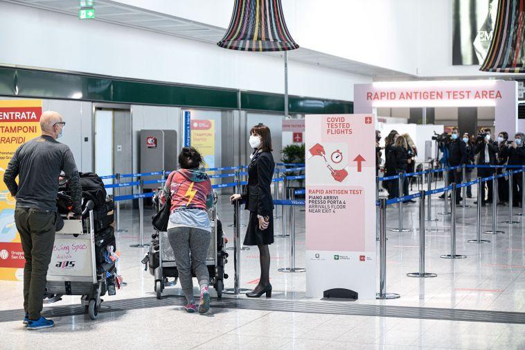 Niente isolamento per le mete Coronavirus free fuori dall'Ue, ma obbligo di tampone