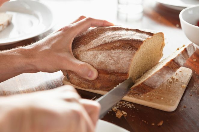 """<span class='image-component__caption' itemprop=""""caption"""">To keep bread fresh longer, avoid buying sliced bread. Instead, cut off what you want, when you want it.</span>"""