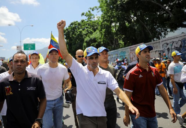 Venezuelan opposition leader Henrique Capriles rallies against President Nicolas Maduro in Caracas. May 20, 2017.