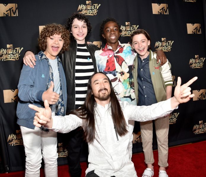 Of Course The 'Stranger Things' Kids Took Over The MTV Movie & TV Awards 590fd1c51400001417f8bb4a