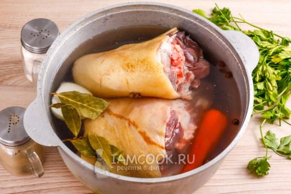 Холодец из свиных рулек с желатином — рецепт с фото пошагово