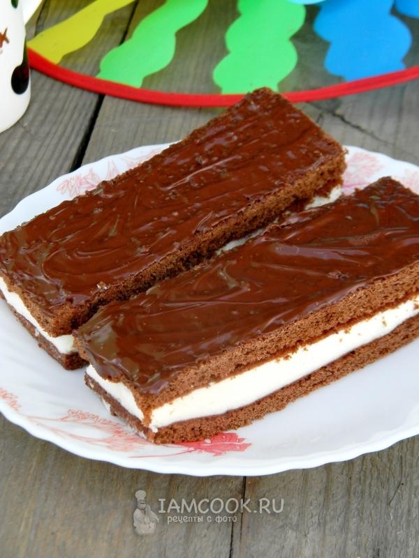 """Foto av en kake a la """"Kinder Milk Slice"""""""