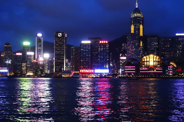 香港 四天三夜 |Forever21 維多亞港的燈光秀 星光大道