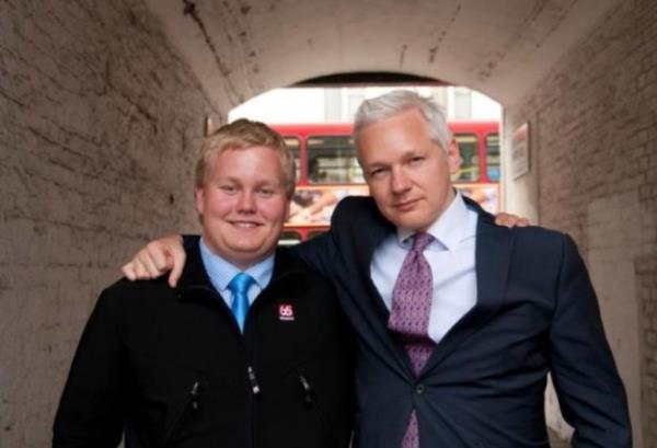 Voluntário do WikiLeaks recebeu US$ 5 mil para ser informante do FBI