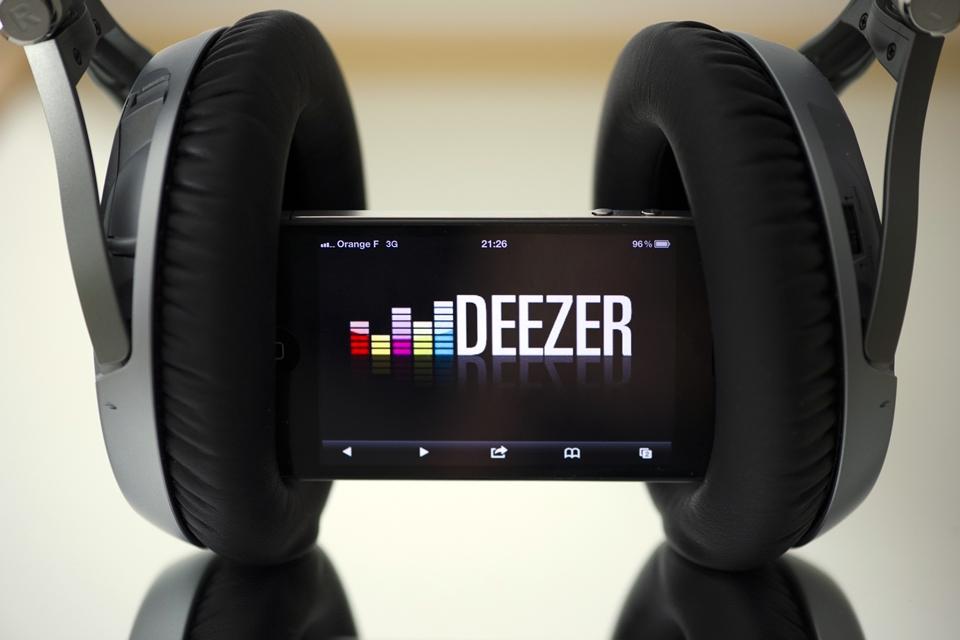 Deezer Premium v5.4.10.7 MOD APK