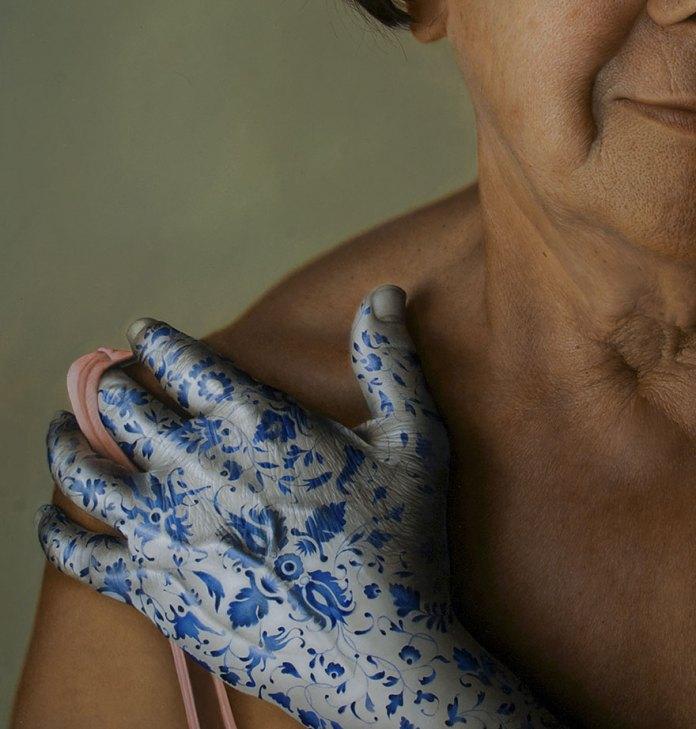 Mulher tatuada