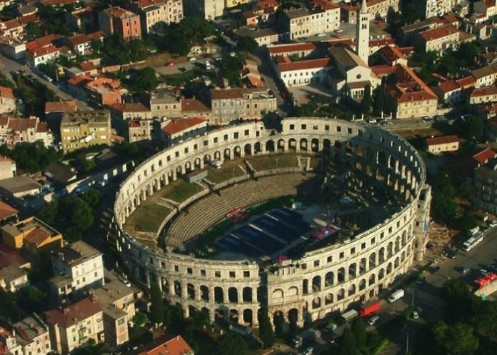 la Arena de Pula, Croacia