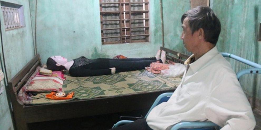 11063445581008 - Vietnamita dorme com restos mortais da esposa há 16 anos