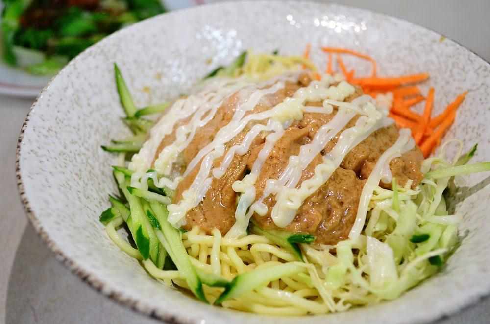 社頭美食_穩讚傳統小吃店│招牌涼麵超熱銷、便宜、大份量的滷肉飯,茶碗蒸更只要25元!