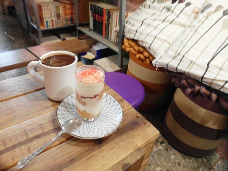 員林美食_2 petits coffee 珈琲.人│員林巷弄內咖啡館,超濃郁巧克力超幸福!