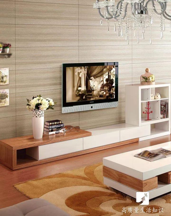 【漲姿勢】電視機掛牆上好還是放電視櫃上好?原來區別竟這麼大!趕緊看看-趣讀