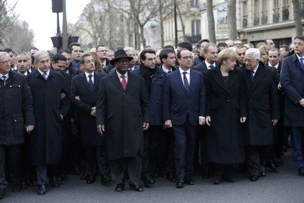 Výsledek obrázku pro fotografie světoví politici v Paříži