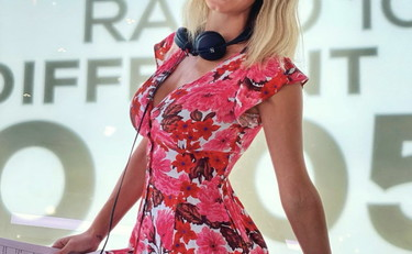 The spring of Diletta Leotta. The floral mini-dress blows fans away