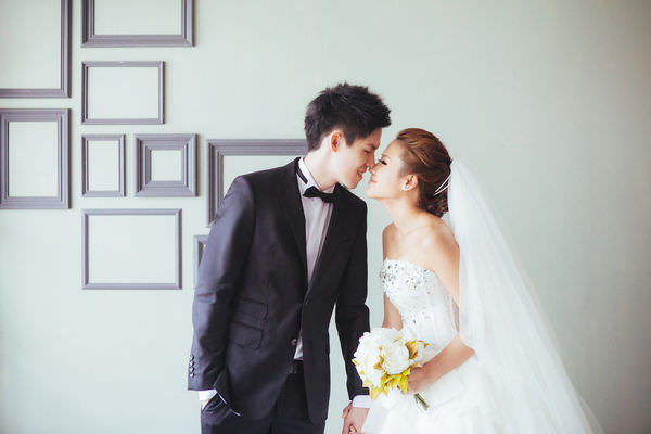 J&J Wedding ‧ 婚禮廠商介紹|Pure 婚紗、Alisha&Lace 禮服、DH Wedding 婚顧、Ringfinger 婚佈