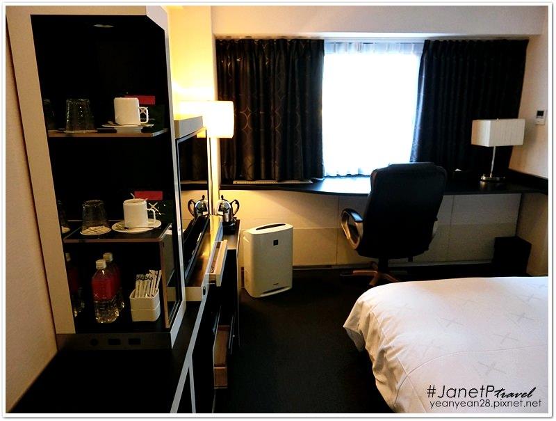 Crosshotel9.JPG