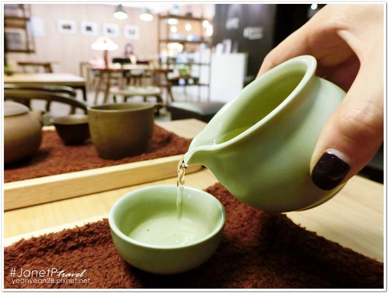 台北咖啡廳|民生社區開門茶堂,享受悠閒的手沖茶時光