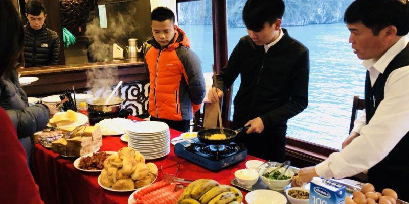 越南下龍灣郵輪古典鳳凰號兩天一夜Tour,行程介紹Day2.驚訝洞、cooking class(下)