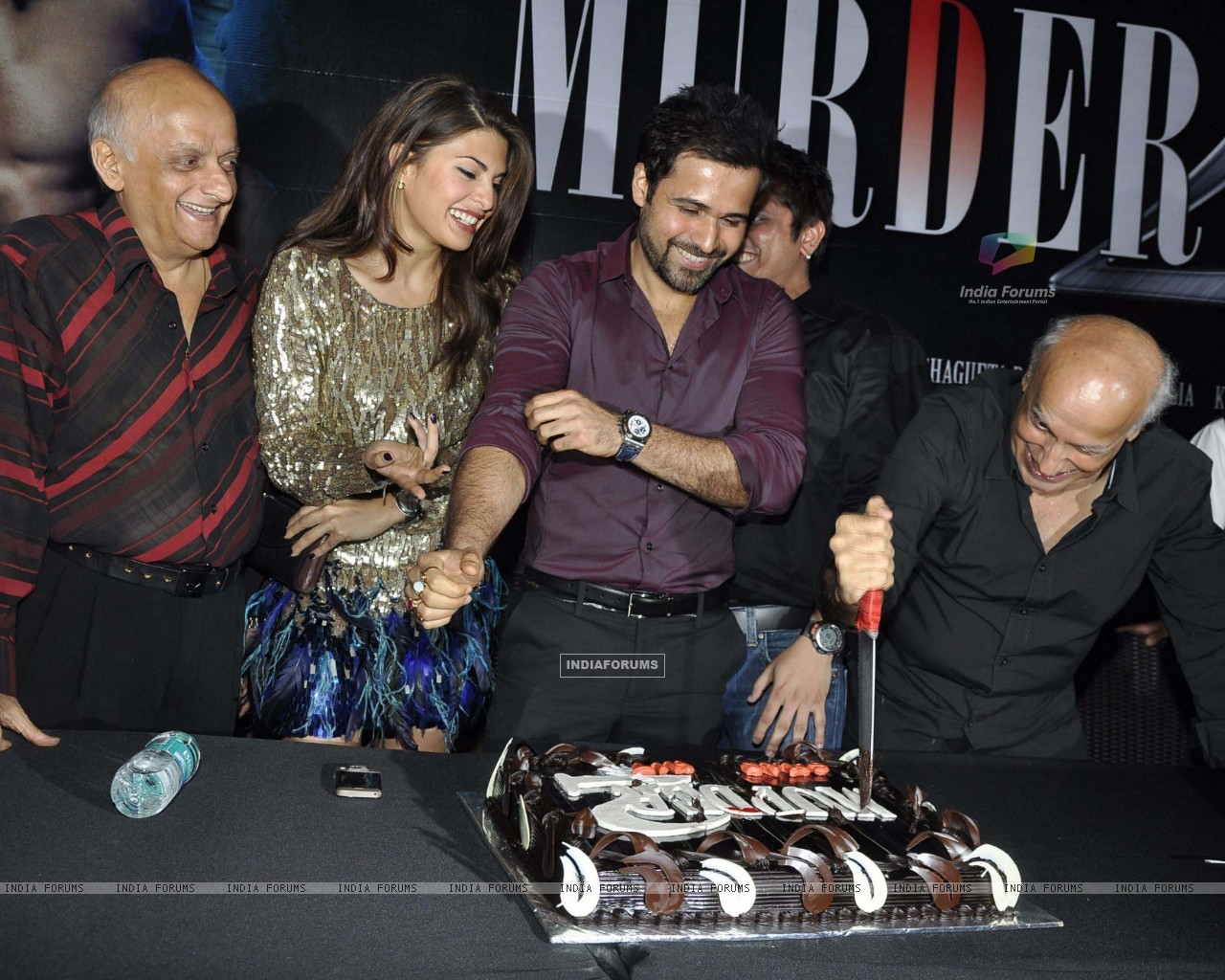 149155-jacqueline-emraan-mukesh-and-mahesh-bhatt-at-murder-2-success-bash-at.jpg