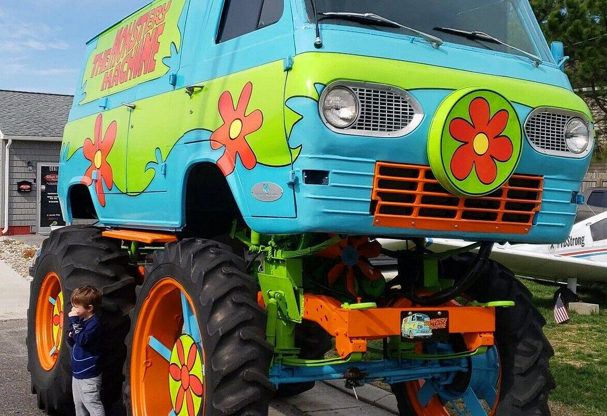 Scooby Doo Here S The Monstery Machine On Big Big Wheels