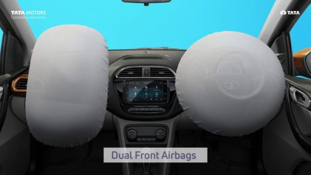 Double front airbag