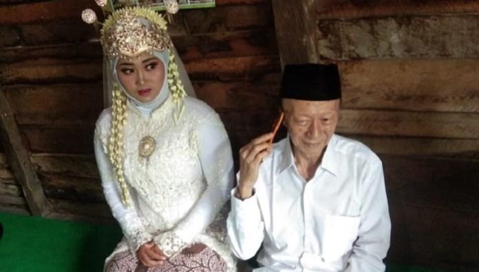 Kakek 68 Tahun Yang Sudah 9 Kali Menikah Lamar Gadis 19 Tahun Dengan Mahar Motor Bagian 1