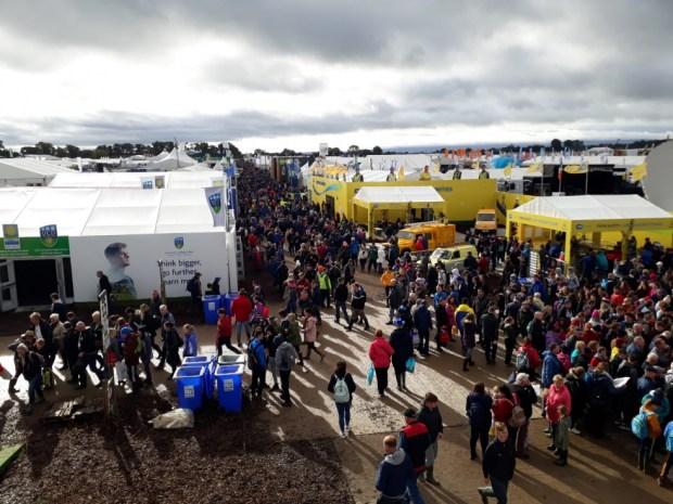 Irlanda - Cada una de las tres jornadas contó con una asistencia de unas 90.000 personas.