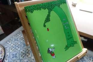 超過半世紀的繪本CD書:The Giving Tree|不要養出一個啃老的孩子