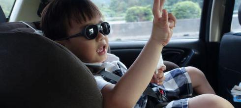 同大爺第一支太陽眼鏡●法國KiETLA●為什麼需要幼兒太陽眼鏡?