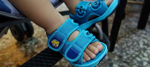 同大爺私服-正夏必備●如同球鞋包覆的巧虎涼鞋●