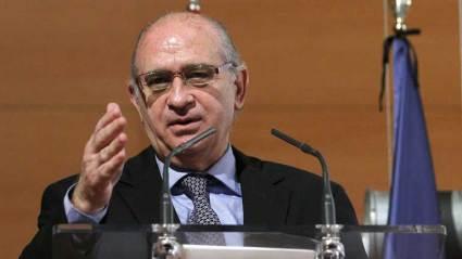 Jorge Fernández dice que no se trata de diferente manera el escrache a la vicepresidenta