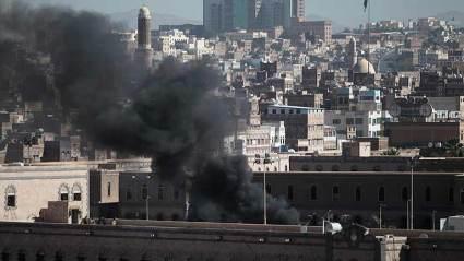 Al menos 20 muertos en un atentado en el Ministerio de Defensa de Yemen