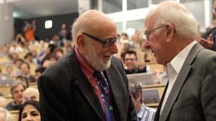 Ver vídeo  'Premio Nobel de Física 2013 para los hallazgos sobre el bosón de Higgs'