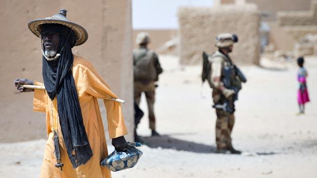 Soldados franceses en la localidad de Amakouladji, al norte de Gao, en Mali