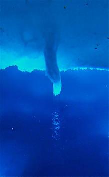 Tubo de hielo marino formado en la isla de Ross, Antártica.