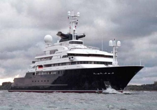Octopus The Largest Private Yacht In The World 53 Pcs