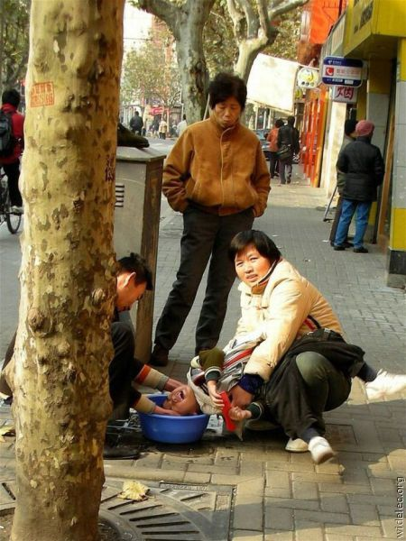 Only in Asia. Part 2 (120 pics)