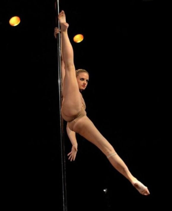Pole Dancing Championships Held in New York (35 pics ...