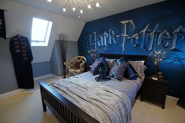 5 Geeky Bedrooms That Are Too Cool To Resist