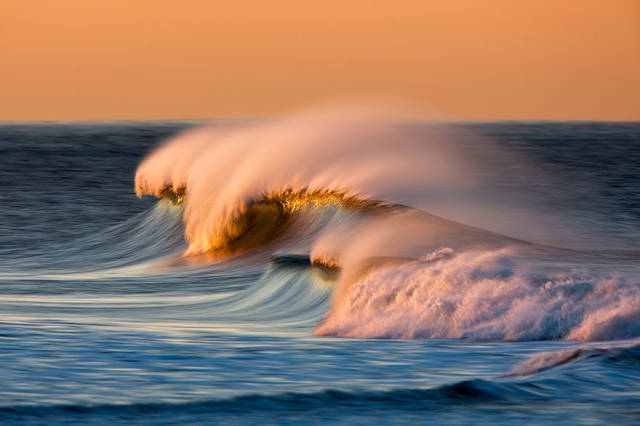 The Most Remarkable Photography Of Breaking Waves On The Web