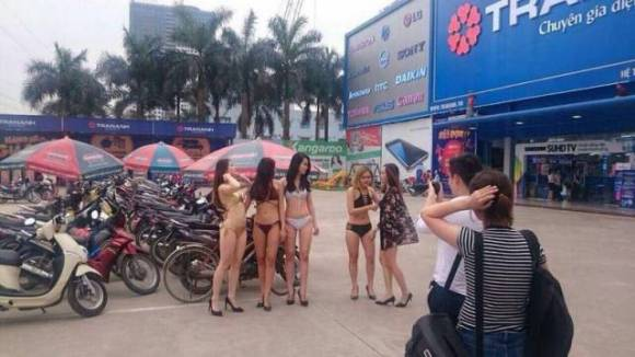 Vietnamese Stores Use Scantily-Clad Girls To Increase Their Sales