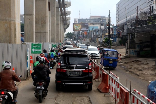 Three witnesses questioned on MRT concrete slab fall ...