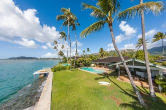 Ocean Front Haven in Honolulu, HI, United States for sale (10167355)