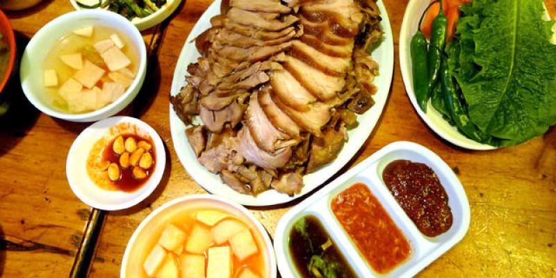 【韓國必吃】新村美食:東萊煎餅동래파전~東東酒配上富含膠質又超Q彈的豬腳,讚啦!