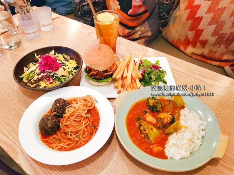 梨泰院素食餐廳\Plant Cafe & Kitchen,漢堡、義大利麵、拌飯、番茄豆腐燉等,每一道都好好吃!
