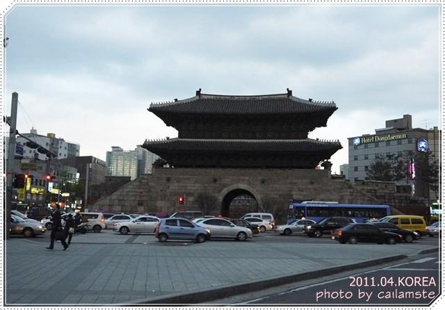 2011.04.首爾自由行 這不是陳玉華一隻雞!