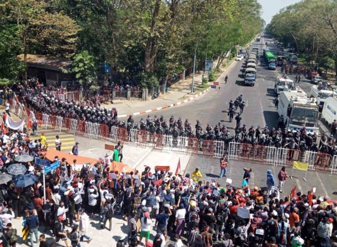 Protests continue in Myanmar as violence condemned