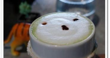 台北大安 》食記:小路咖啡。藏身於菜市場隱密巷弄裡的可愛復古咖啡店