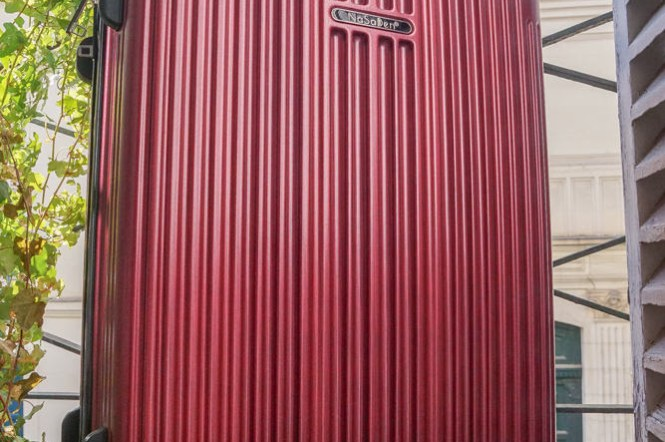 NaSaDen行李箱推薦|新無憂羽量拉鍊箱,好拖好拉高質感大容量,美炸新色霧面髮絲伯根紅
