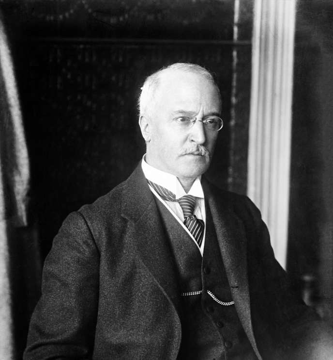 Rudolf Diesel (1858-1913), ingÈnieur allemand, inventeur du moteur here doors son nom.